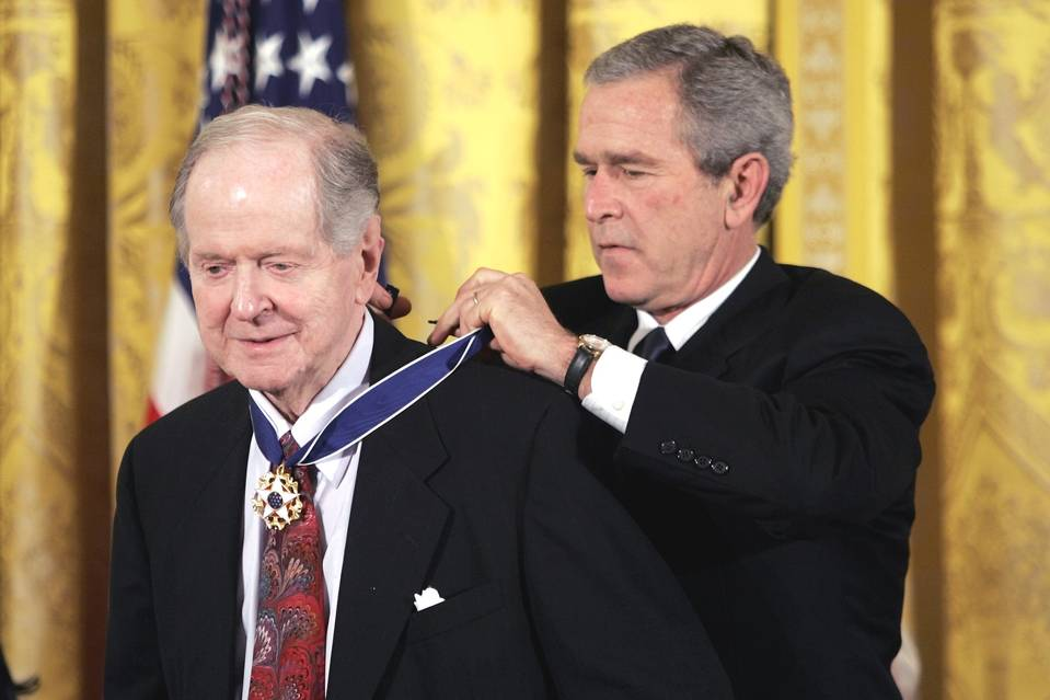 Robert Conquest receiving the Presidential Medal of Freedom from GW Bush in 2005